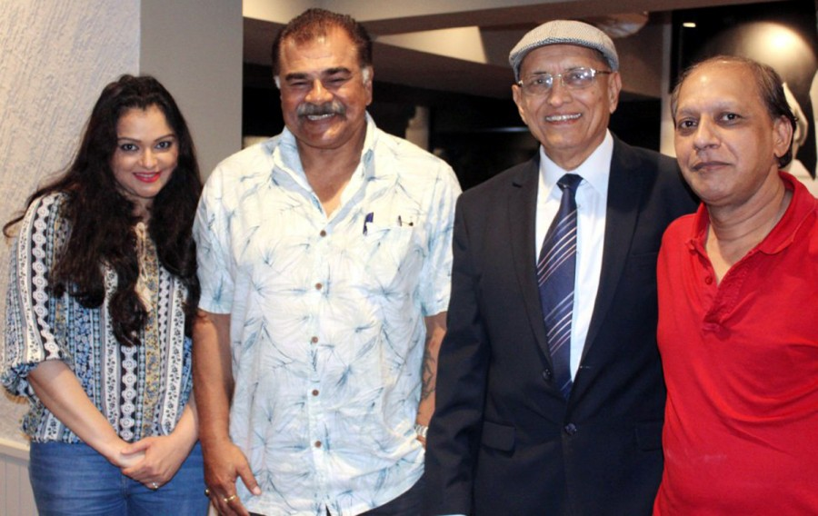Murder Madhuri,Murder Madhuri promotions,Deepshikha Nagpal,Sharad Saxena,Sonali Joshi,Ali Mohamed Oosman,Murder Madhuri movie promotions,Murder Madhuri movie pics,Murder Madhuri movie images,Murder Madhuri movie photos,Murder Madhuri movie stills,Murder M