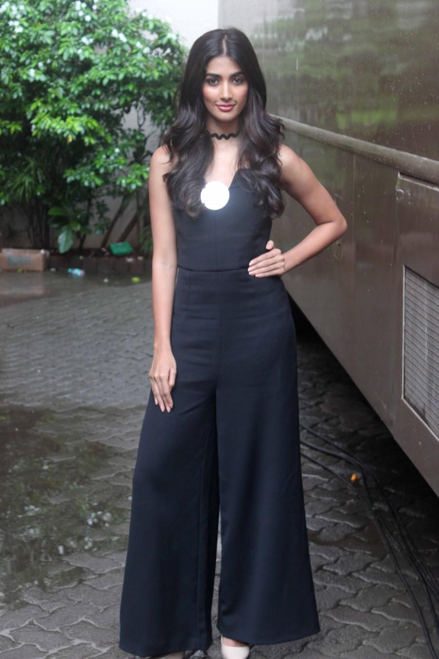 Hrithik Roshan,Deepika Padukone,Shilpa Shetty,Pooja Hegde,Hrithik Roshan spotted at Mehboob Studio,Deepika Padukone spotted at Mehboob Studio,Shilpa Shetty spotted at Mehboob Studio,Pooja Hegde spotted at Mehboob Studio