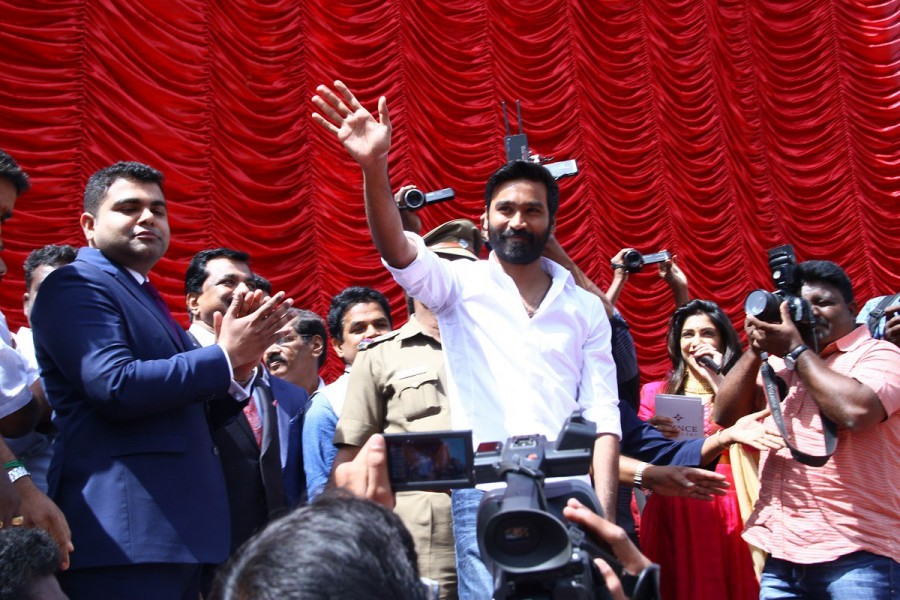 South Indian actor Dhanush inaugurates Prince Jewellery showroom in Coimbatore.