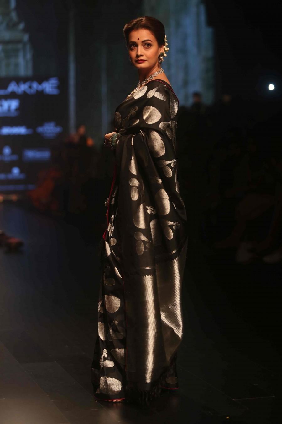 Bollywood actress Dia Mirza walks for Santosh Parekh at Lakme Fashion Week 2016.