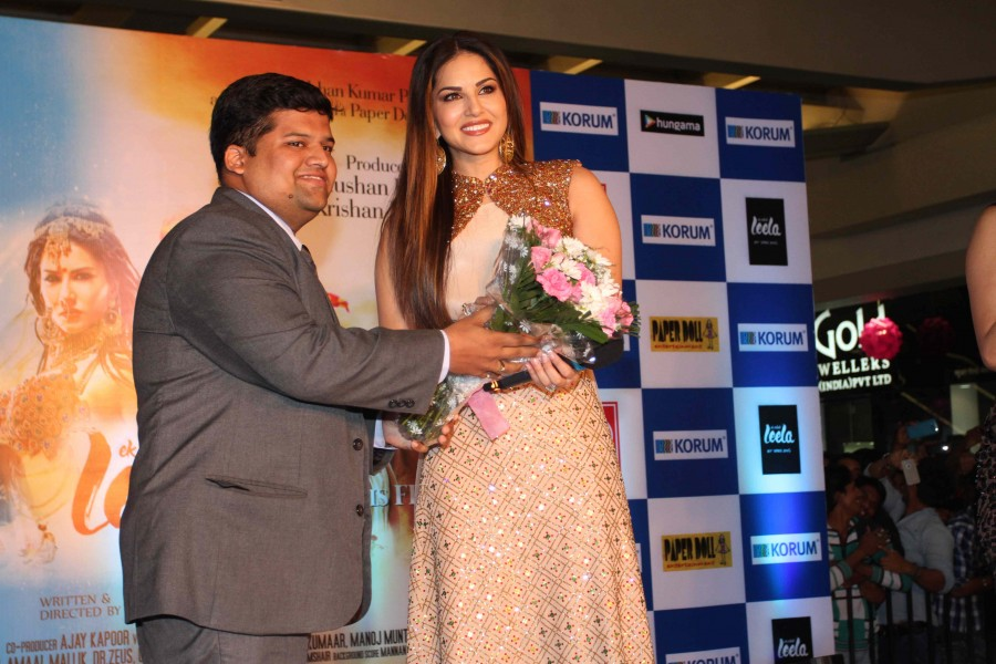 Sunny Leone,ek paheli leela,most searched celebs,photos