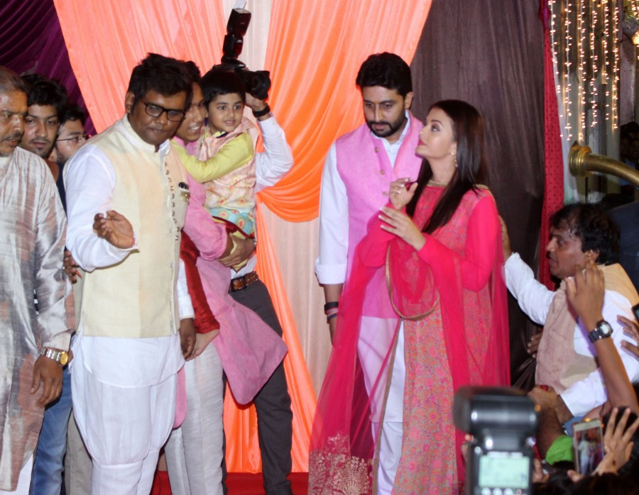 Abhishek Bachchan,Aishwarya Rai Bachchan,Aishwarya Rai,Abhishek Bachchan and Aishwarya Rai,Ganesh Chaturthi celebrations,Ganesh Chaturthi,ganesh chaturthi celebrations bollywood,Ganesh Chaturthi celebrations pics,Ganesh Chaturthi celebrations images,Ganes