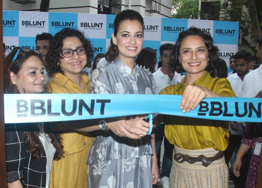 Dia Mirza,Dia Mirza unveils 9th BBLUNT salon,9th BBLUNT salon,BBLUNT salon,actress Dia Mirza,Bollywood actress Dia Mirza,Dia Mirza pics,Dia Mirza images,Dia Mirza photos,Dia Mirza stills,Dia Mirza pictures