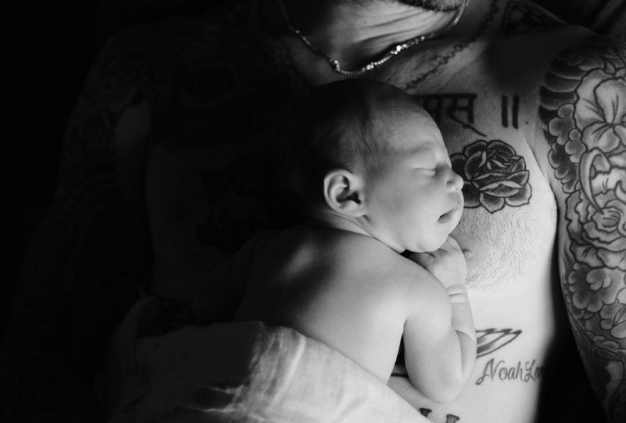 Adam Levine,Behati Prinsloo,Adam Levine and Behati Prinsloo,Adam Levine daughter,Behati Prinsloo daughter,Adam Levine shares photo of newborn daughter,Behati Prinsloo shares photo of newborn daughter,newborn daughter
