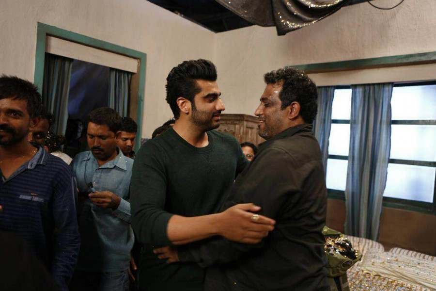 The team of Jagga Jasoos recently started shoot of their last schedule in Mumbai. It was celebration time on the sets as Ranbir Kapoor celebrated his birthday on the sets of his upcoming film in filmcity, Mumbai.