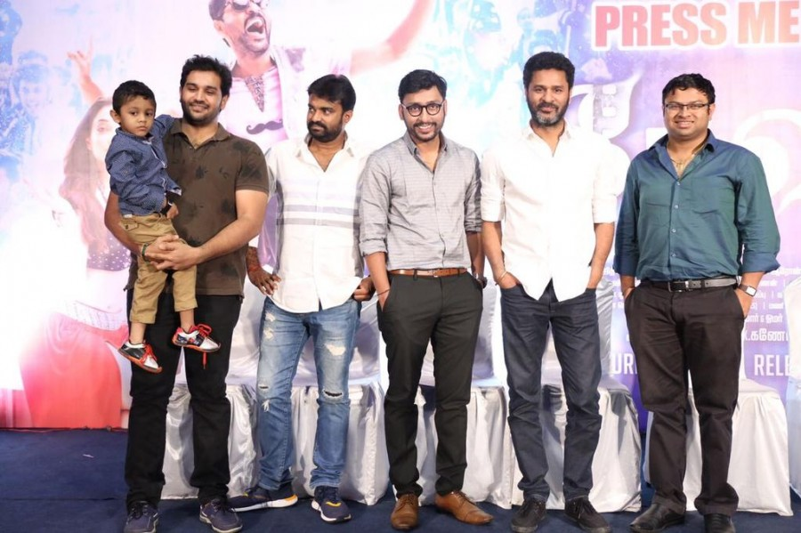 Devi Success Meet,Devi Success Meet pics,Devi Success Meet images,Devi Success Meet photos,Devi Success Meet stills,Devi Success Meet pictures,Prabhu Deva,Sonu Sood,Tamannaah