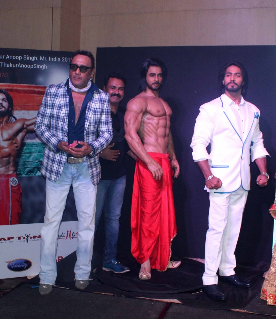 Jackie Shroff,Anoop Singh Thakur,Anoop Singh Thakur wax,Mr World 2015,Anoop Singh Thakur, Mr World 2015,Kapil Dev,wax museum