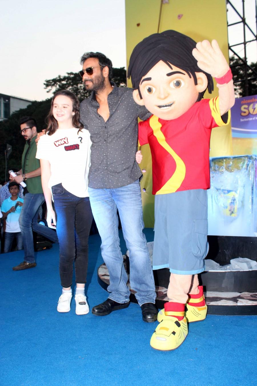 Promotion of film Shivaay,Shivaay movie Promotion,Shivaay Promotion,Ajay Devgn promotes Shivaay movie,Ajay Devgn promotes Shivaay film,Ajay Devgn promotes Shivaay