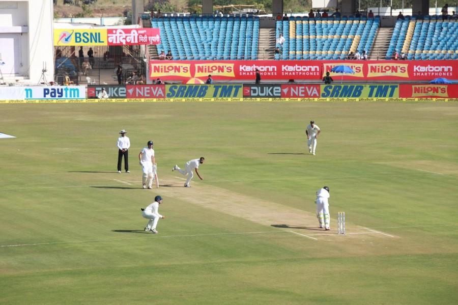 England vs India,England vs India 2016,India vs England,India vs England 2016,Kohli,Virat Kohli,Alastair Cook,Saurashtra Cricket Association Stadium