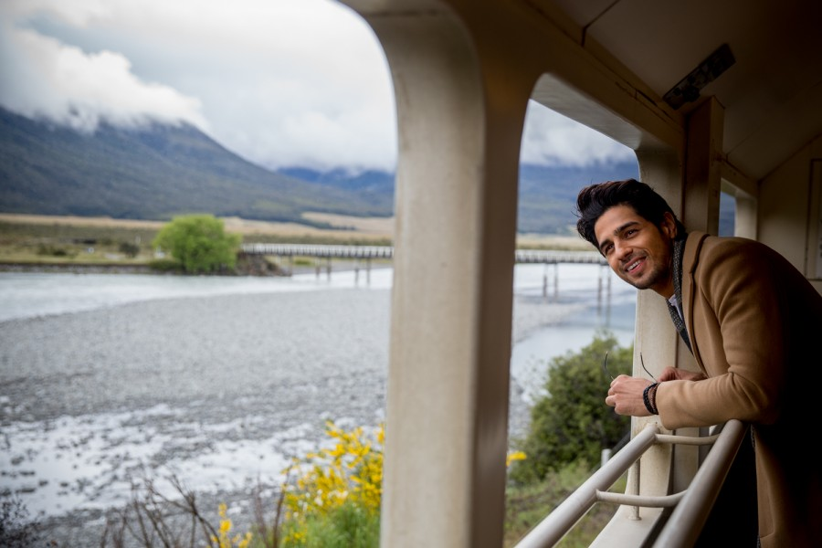 Sidharth Malhotra,Sidharth Malhotra in New Zealand,Sidharth Malhotra vacationing in New Zealand,Sidharth Malhotra latest pics,Sidharth Malhotra latest images,Sidharth Malhotra latest photos,Sidharth Malhotra latest stills,Sidharth Malhotra latest pictures