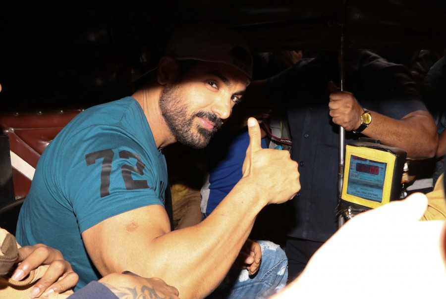 John Abraham,John Abraham promotes Force 2,Force 2,Force 2 PRMOTION,Force 2 movie promotion,Gaiety Galaxy theatre,Gaiety Galaxy