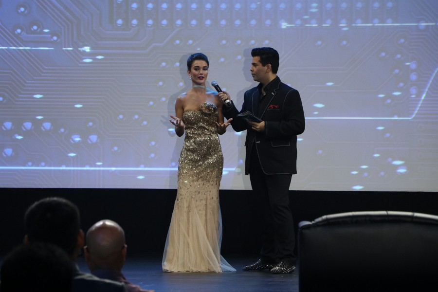 Amy Jackson,Director Shankar,Amy Jackson at 2.0 first look launch,Director Shankar at 2.0 first look launch,2.0 first look launch,2.0 first look launch event,2.0 first look poster,2.0 first look launch pics,2.0 first look launch images,2.0 first look laun