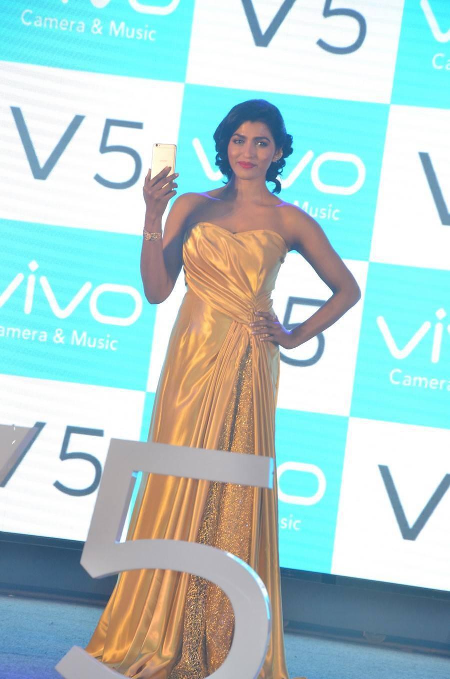 Dhansika at Vivo V5 Mobile,Dhansika,Vivo V5 Mobile,Vivo V5 Mobile launch,Vivo V5 Mobile pics,Vivo V5 Mobile images,Vivo V5 Mobile photos,Vivo V5 Mobile stills,Vivo V5 Mobile pictures