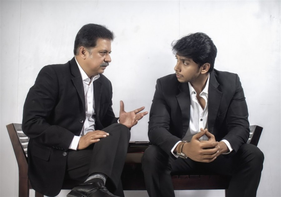 Irfan and Jayaprakash still from Aagam Movie