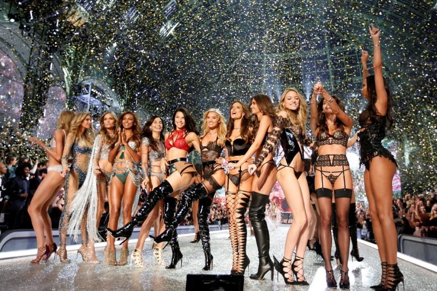 Victoria's Secret Fashion Show,Victoria's Secret Fashion Show 2016,Victoria Secret Fashion Show,Models at Victoria Secret Fashion Show,bikini fashion show,bikini show,fashion show