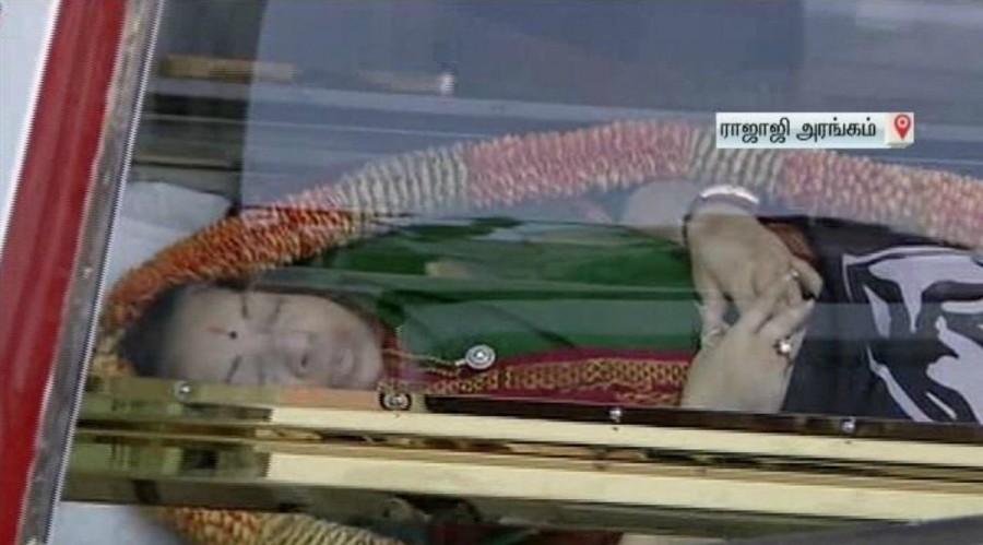 Jayalalitha,Jayalalithaa,Jayalalitha dead,Jayalalitha passes away,Jayalalitha died,Jayalalitha body,CM Jayalalitha,Tamilnadu Cm Jayalalitha