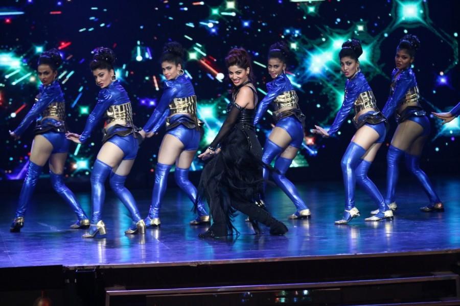 Shilpa Shetty,Shilpa Shetty at Super Dancer Finale,Super Dancer Finale,Super Dancer Finale reality show,reality show,Super Dancer Finale rehearsing,actress Shilpa Shetty,Shilpa Shetty dancing,Shilpa Shetty pics,Shilpa Shetty images,Shilpa Shetty photos,Sh