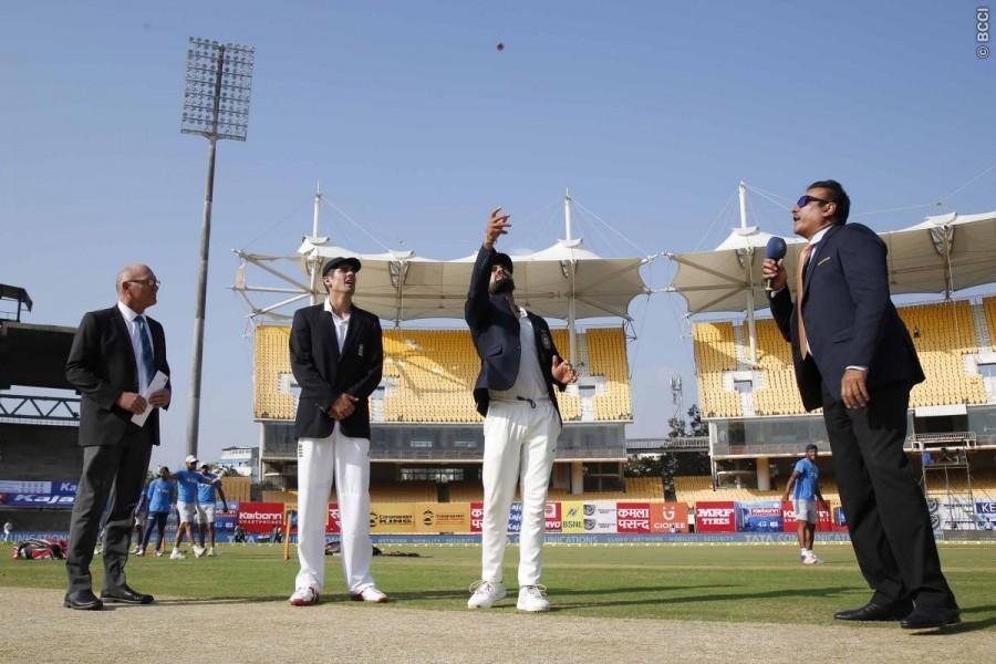 England win toss,England vs India,India vs England,India vs England Test Series,India vs England Fifth Test,India vs England pics,India vs England images,India vs England photos,India vs England stills,India vs England pictures