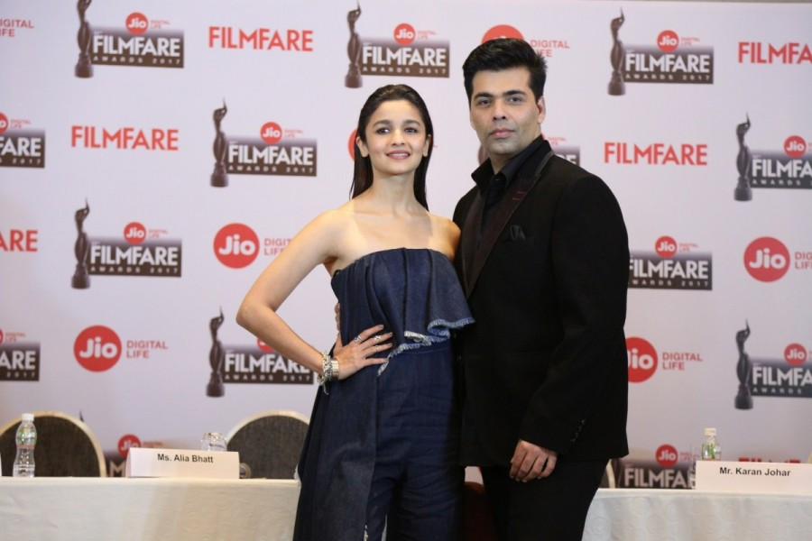 Karan Johar,Alia Bhatt,Editor Jitesh Pillai,Jio Filmfare Awards press conference,Jio Filmfare Awards,Jio Filmfare Short Film Awards 2017,Jio Filmfare Awards pics,Jio Filmfare Awards images,Jio Filmfare Awards photos,Jio Filmfare Awards stills,Jio Filmfare