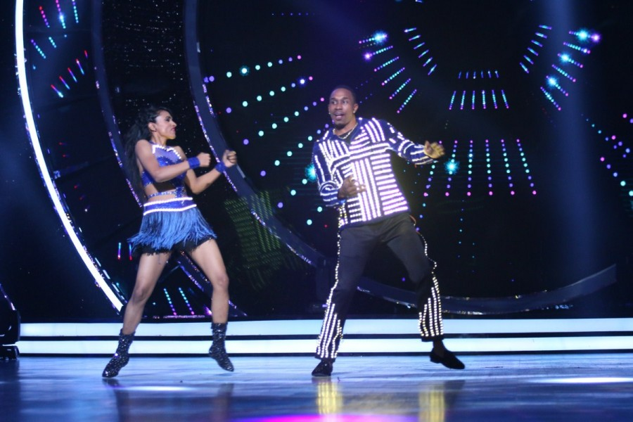 Dwayne 'DJ' Bravo,Dwayne Bravo,Bravo,Jhalak Dikhhla Jaa,Jhalak Dikhhla Jaa…Hot Hai,Dwayne Bravo on Jhalak Dikhhla Jaa,Jhalak Dikhhla Jaa special
