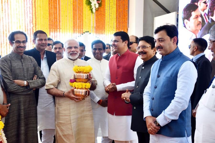 Narendra Modi,PM Narendra Modi,Modi,Bhoomi Pooja,Shivaji statue,ShivSmarak,Shiv Smarak,Shivaji statue in Mumbai,Chhatrapati Shivaji Maharaj,jal-pujan