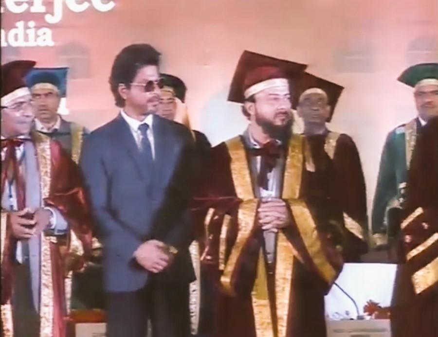 Shahrukh Khan,SRK,Shahrukh Khan receives Doctorate,SRK receives Doctorate,Maulana Azad University,Maulana Azad National Urdu University