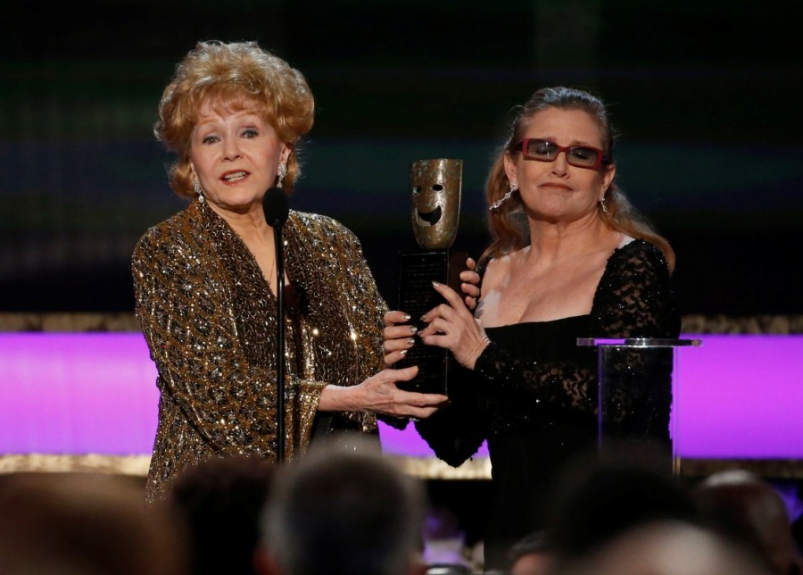 Debbie Reynolds and Carrie Fisher,Debbie Reynolds,Carrie Fisher,Debbie Reynolds and Carrie Fisher rare pics,Debbie Reynolds and Carrie Fisher pics,Debbie Reynolds and Carrie Fisher images,Debbie Reynolds and Carrie Fisher photos,Debbie Reynolds and Carrie