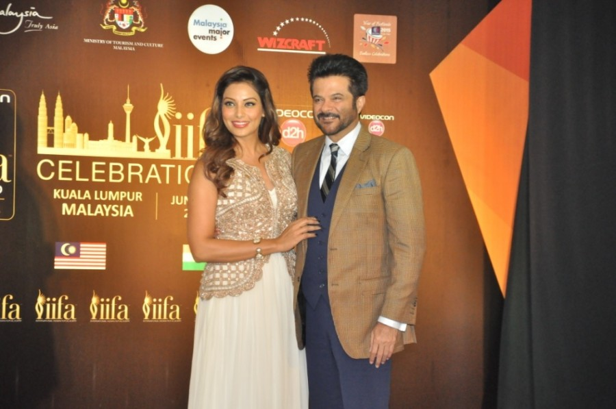 ?#?IIFA2015?,?#?IIFA2015? Press conference in Malaysia.,IIFA Awards Malaysia 2015,IIFA2015 Press conference PHOTOS,Images of  IIFA2015 Press conference,Anil Kapoor & Bipasha Basu,IIFA Awards Malaysia 2015 - press conference,award cerem