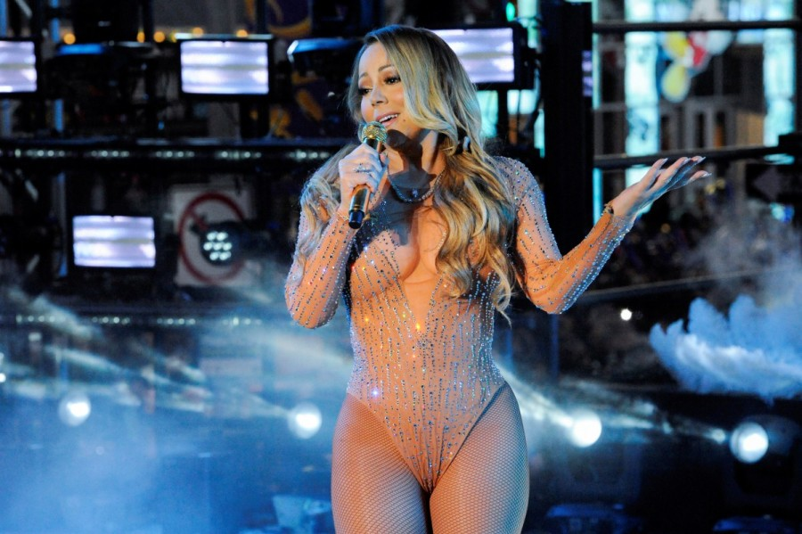 Mariah Carey,Mariah Carey performs New Year's Eve,Mariah Carey performs,Mariah Carey in New York,Mariah Carey at Times Square,New Year's Eve,New Year's Eve 2017,Mariah Carey pics,Mariah Carey images,Mariah Carey photos,Mariah Carey stills,M