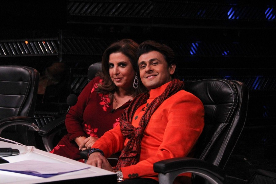 Virender Sehwag,Indian Idol show,Virender Sehwag on Indian Idol show,Former cricket player Virender Sehwag,Virender Sehwag pics,Virender Sehwag images,Virender Sehwag photos,Virender Sehwag stills,Virender Sehwag pictures