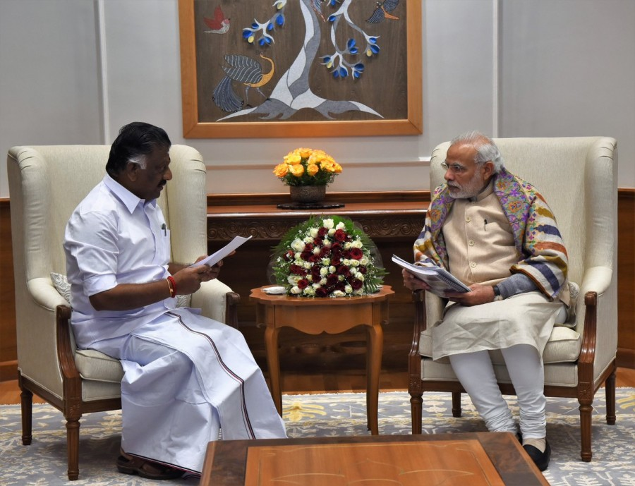 Panneerselvam,Narendra Modi,Panneerselvam meets PM Narendra Modi,Panneerselvam meets Narendra Modi,Panneerselvam meets Modi,Jallikattu protests,Marina Beach Jallikattu protests,Jallikattu protests spread across Tamil Nadu