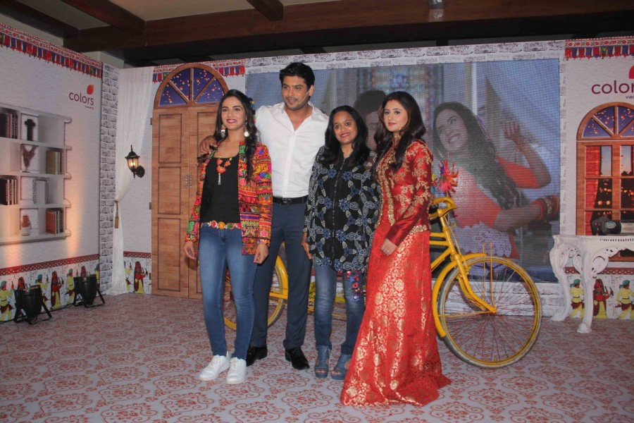 Colors new show,Dil Se Dil Tak,Dil Se Dil Tak new show,Dil Se Dil Tak new show launch,Dil Se Dil Tak new serial,Dil Se Dil Tak new show launch pics,Dil Se Dil Tak new show launch images,Dil Se Dil Tak new show launch photos,Dil Se Dil Tak new show launch