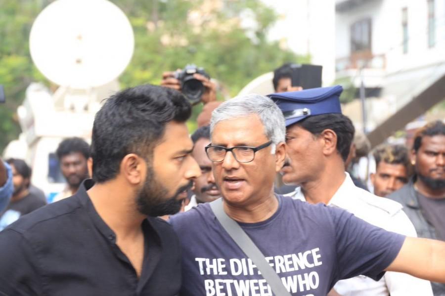 Shanthnu,Trisha,Sundar C,Prabhu,Nadigar Sangam Jallikattu protest,Nadigar Sangam,Jallikattu protest,Trisha at Jallikattu protest,celebs at Jallikattu protest,Shanthnu at Jallikattu protest,Sundar C at Jallikattu protest