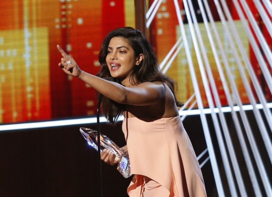 Priyanka Chopra,People's Choice Award,Quantico,TV Drama,TV Drama Actress,People's Choice Awards 2017,actress Priyanka Chopra,Priyanka Chopra pics,Priyanka Chopra images,Priyanka Chopra stills,Priyanka Chopra pictures