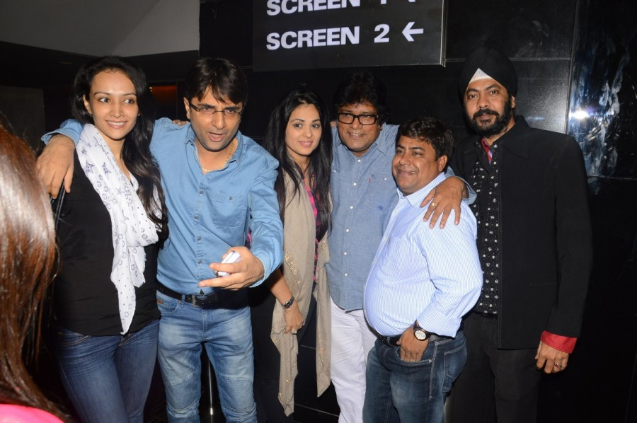 Coffee with D,Cinepolis Cinema,Anjana Sukhani,Dipannita Sharma,Glamor & Glitz,special screening of Coffee with D,Pankaj Tripathi,Nassar Abdulla,Rajesh Sharma