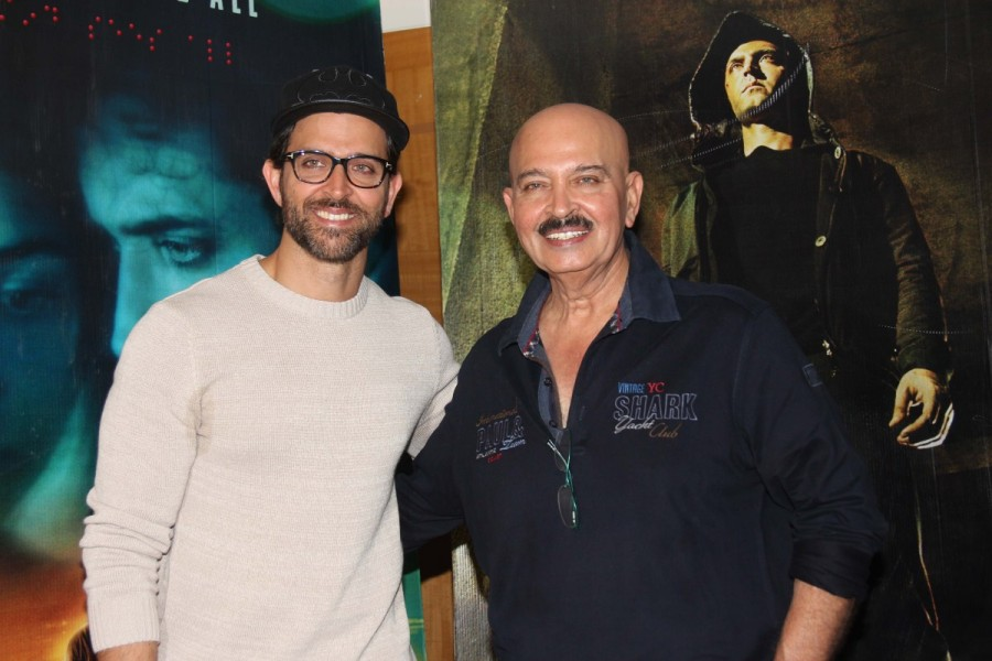 Hrithik Roshan and Rakesh Roshan,Hrithik Roshan,Rakesh Roshan,Kaabil promotion,Kaabil movie promotion,Kaabil promotion pics,Kaabil promotion images,Kaabil promotion photos,Kaabil promotion stills,Kaabil promotion pictures
