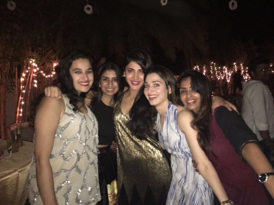 Tamannaah,tamannaah bhatia,Kamal Haasan,Shruti Haasan,Shruti Haasan 31st birthday celebration,Shruti Haasan birthday celebration,Shruti Haasan birthday celebration pics,Shruti Haasan birthday celebration images,Shruti Haasan birthday celebration photos,Sh
