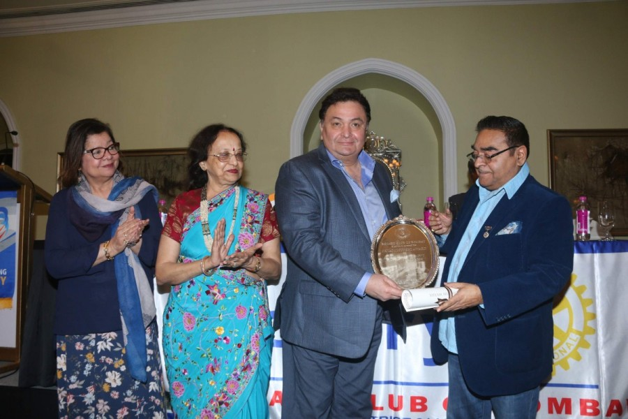 Rishi Kapoor,actor Rishi Kapoor,lifetime achievement award,Rotary Club,Rishi Kapoor receives lifetime achievement award,bollywood actor Rishi Kapoor,Rishi Kapoor latest pics,Rishi Kapoor latest images,Rishi Kapoor latest photos,Rishi Kapoor latest stills