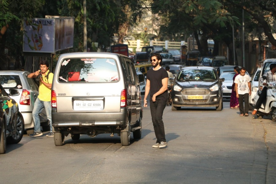 Harshvardhan Kapoor,The Korner House bandra,actor Harshvardhan Kapoor,Harshvardhan Kapoor latest pics,Harshvardhan Kapoor latest images,Harshvardhan Kapoor latest photos,Harshvardhan Kapoor latest stills,Harshvardhan Kapoor latest pictures