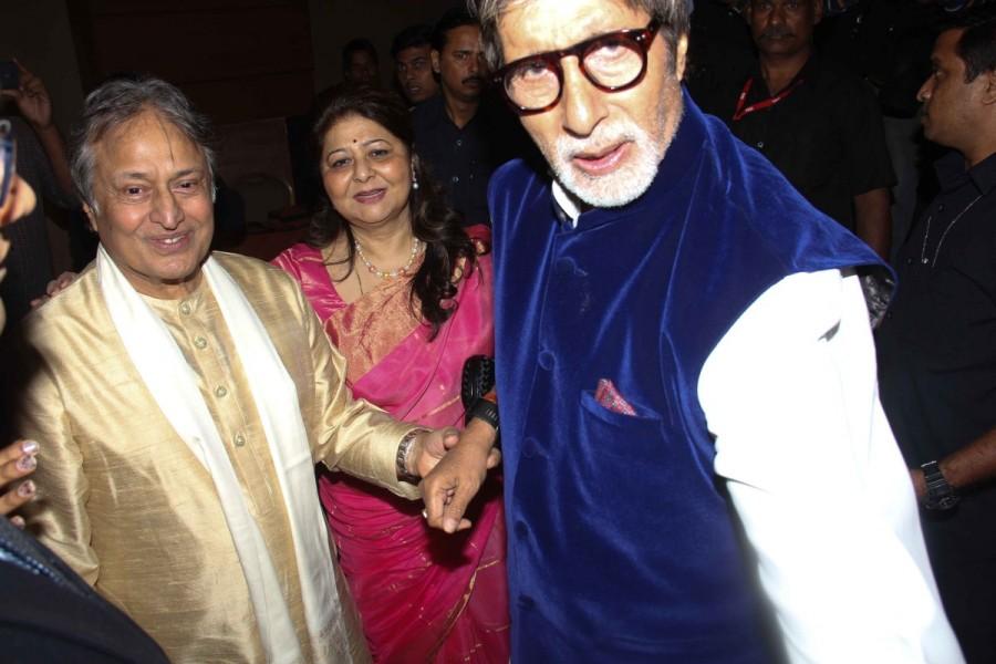 Amitabh Bachchan,Jaya Bachchan,Sarod player Amman Ali Khan,Robab player Daud Khan,Daud Khan Sadozai,Ayaan Ali Khan,Rabab to Sarod,Rabab to Sarod album
