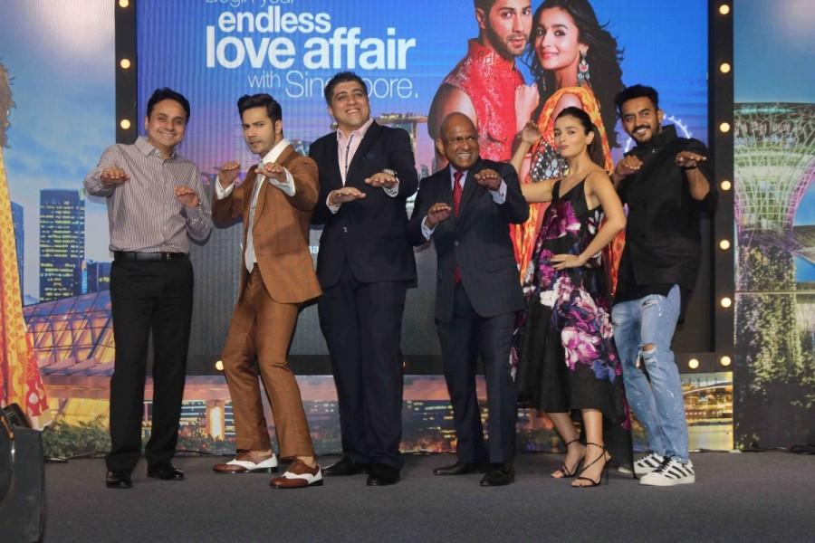 Varun Dhawan and Alia Bhatt,Varun Dhawan,Alia Bhatt,Badrinath Ki Dulhania,Badrinath Ki Dulhania promotion,Badrinath Ki Dulhania movie promotion