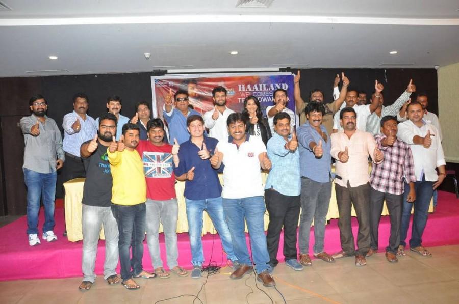 Vijay Devarakonda,Pooja Jhaveri,Dwaraka success meet,Dwaraka success meet pics,Dwaraka success meet images,Dwaraka success meet stills,Dwaraka success meet photos,Dwaraka success meet pictures,Pradyumna Chandrapati,Srinivas Ravindra,Prudhviraj