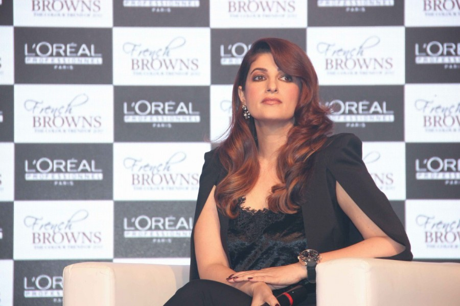 Twinkle Khanna,L'Oréal French Brown,Twinkle Khanna pics,Twinkle Khanna images,Twinkle Khanna photos,Twinkle Khanna stills,Twinkle Khanna pictures