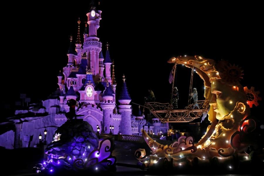 Disneyland Paris,Disneyland,Disney Stars,Disneyland Paris turns 25,25th anniversary of Disneyland Paris,Disneyland Paris 25