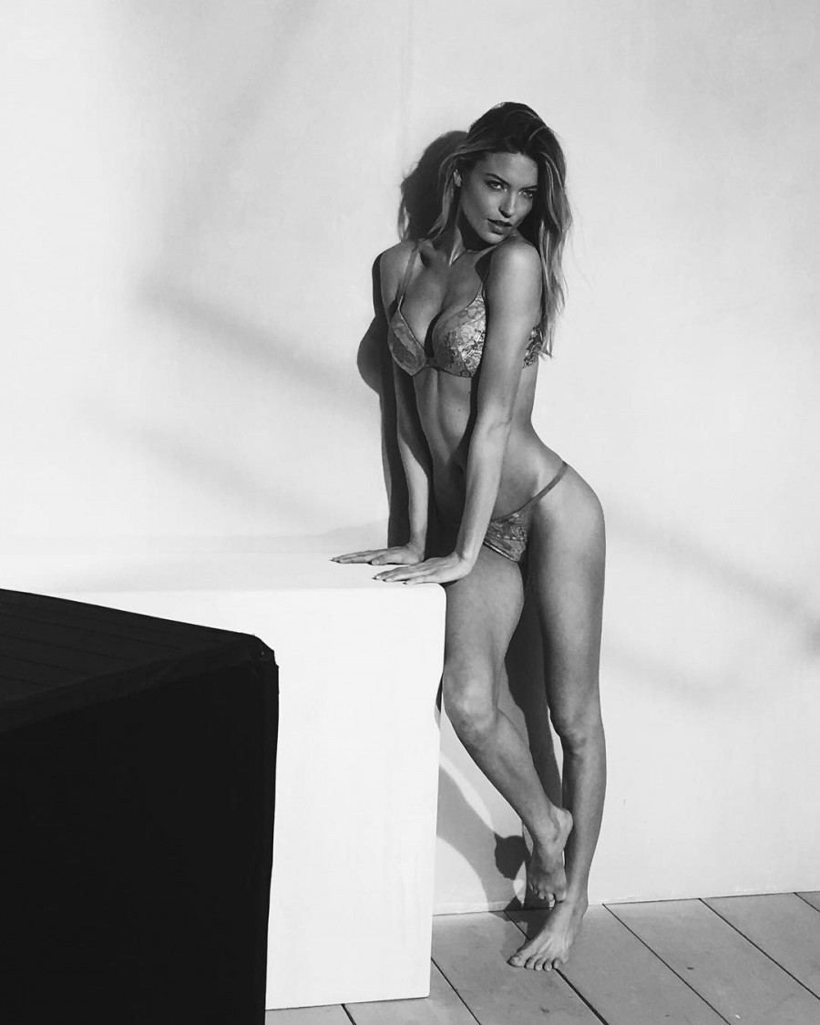 Angel Martha Hunt,actress Angel Martha Hunt,Martha Hunt,actress Martha Hunt,Martha Hunt bikini pics,Martha Hunt bikini images,Martha Hunt bikini stills,Martha Hunt bikini pictures,Martha Hunt bikini photos