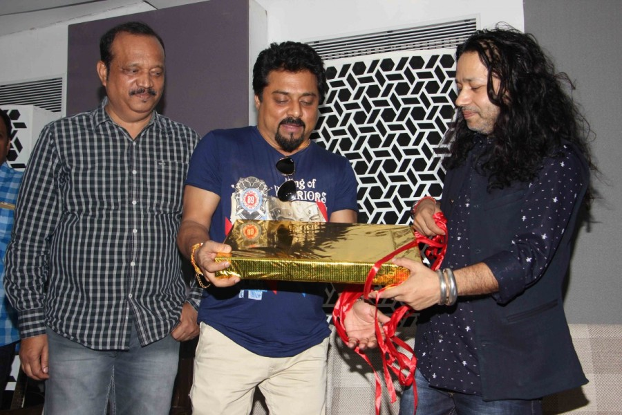 Song launch of Vote,singer Kailash Kher,Kailash Kher,Bollywood singer Kailash Kher,Vote do,Vote do song,Vote do song launch,Vote do song launch pics,Vote do song launch images,Vote do song launch photos,Vote do song launch stills,Vote do song launch pictu
