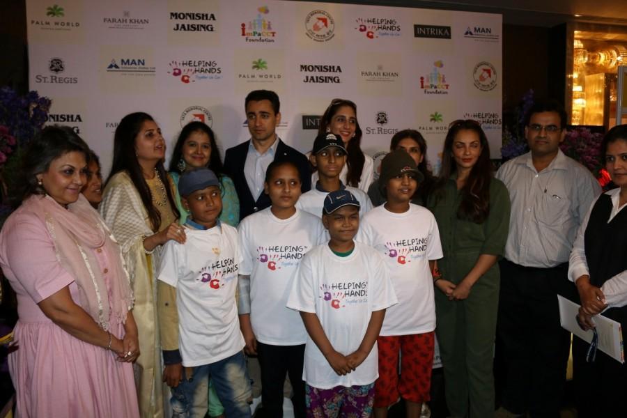 Imran Khan,actor Imran Khan,Exhibition Cum Fundraiser in Aid of Cancer Patients,Imran Khan pics,Imran Khan images,Imran Khan stills,Imran Khan pictures