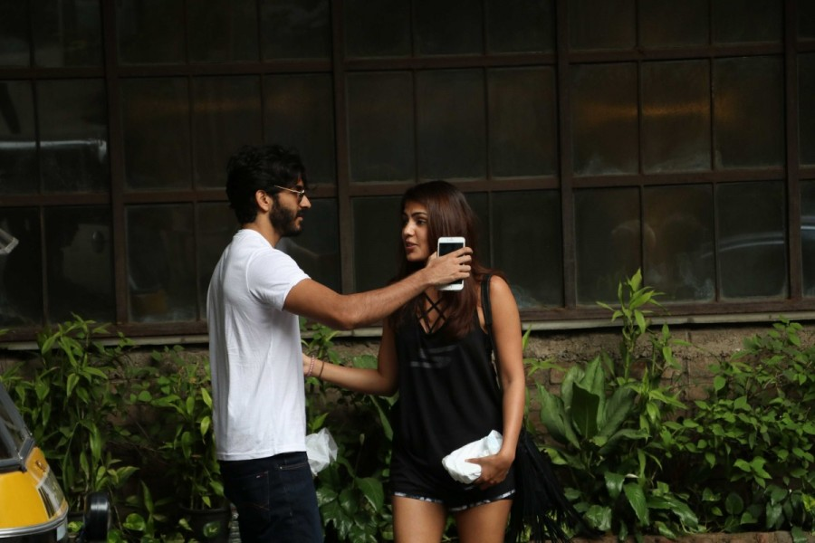 Harshvardhan Kapoor and Rhea Chakraborty,Harshvardhan Kapoor,Rhea Chakraborty,Pali Village Cafe,Harshvardhan Kapoor with Rhea Chakraborty,Harshvardhan Kapoor hugs Rhea Chakraborty