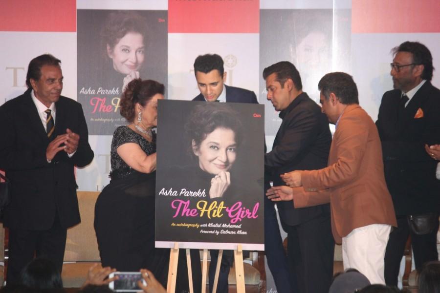 Salman Khan,actor Salman Khan,Asha Parekh biography,Asha Parekh,The Hit Girl,Salman Khan pics,Salman Khan images,Salman Khan stills,Salman Khan pictures,Salman Khan photos