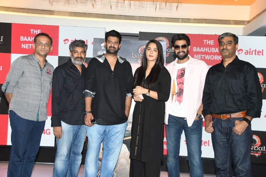 Prabhas,Rana Daggubati,Anushka Shetty,SS Rajamouli,Baahubali 2,Baahubali 2 sims launch,Baahubali 2 sim launch,Baahubali 2 sim launch pics,Baahubali 2 sim launch images,Baahubali 2 sim launch stills,Baahubali 2 sim launch pictures,Baahubali 2 sim launch ph